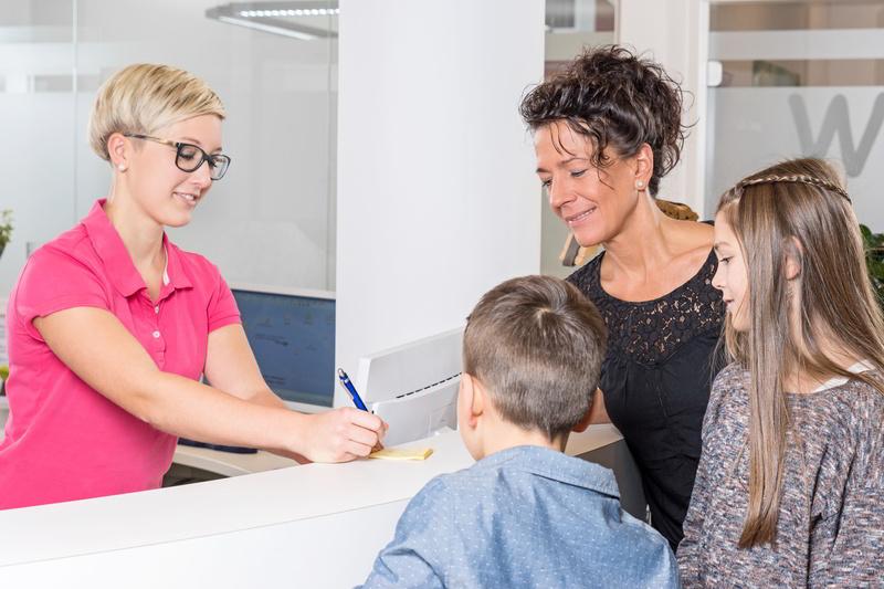 Praxisempfang: Patienten mit excellentem Service