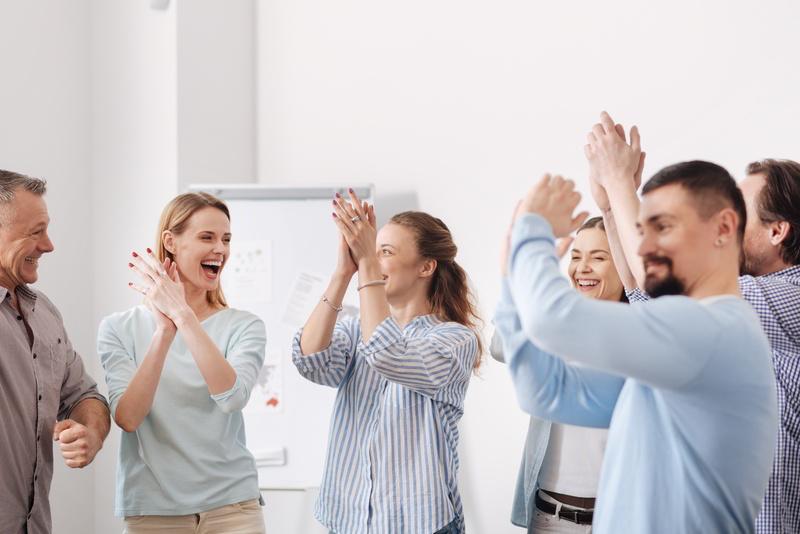 Motivierte Mitarbeiter Zahnarzt Praxis